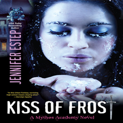 Review: Kiss of Frost by Jennifer Estep