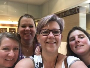 Melanie with roommates Lexxie, Brandee and Denise #RT17